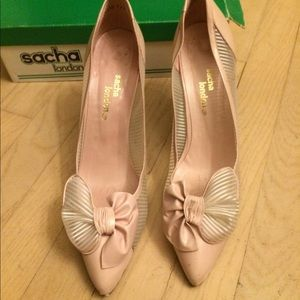 Mint Sacha London pink leather bow heels shoes